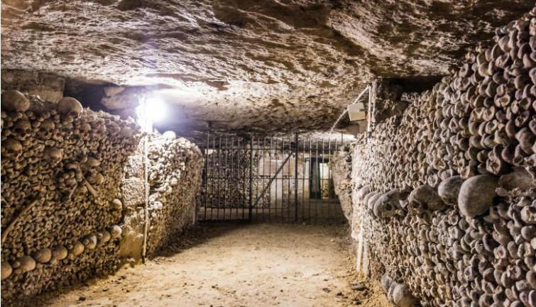 caa-03-tunnel-catacombs-paris.jpg